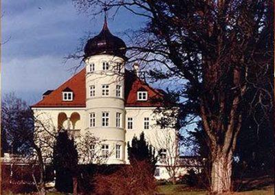 Denkmalgerechte Sanierung der Parkvilla in Bad Heilbrunn; Bauherr: Gemeinde Bad-Heilbrunn