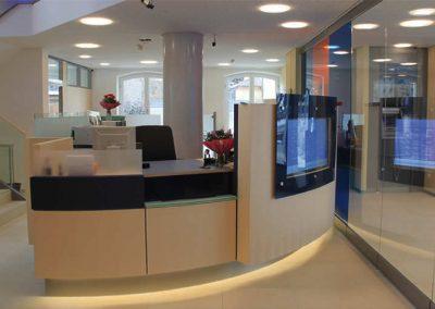 Renovierung und energetische Sanierung der Raiffeisenbank Isar-Loisachtal eG in Wolfratshausen; Bauherr: Raiffeisenbank Isar Loisachtal eG